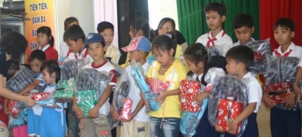 Hoạt động nhân đạo tại Campuchia