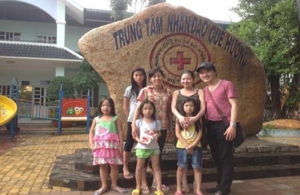 Ca Sĩ Dương Ngọc Thái và gia đình