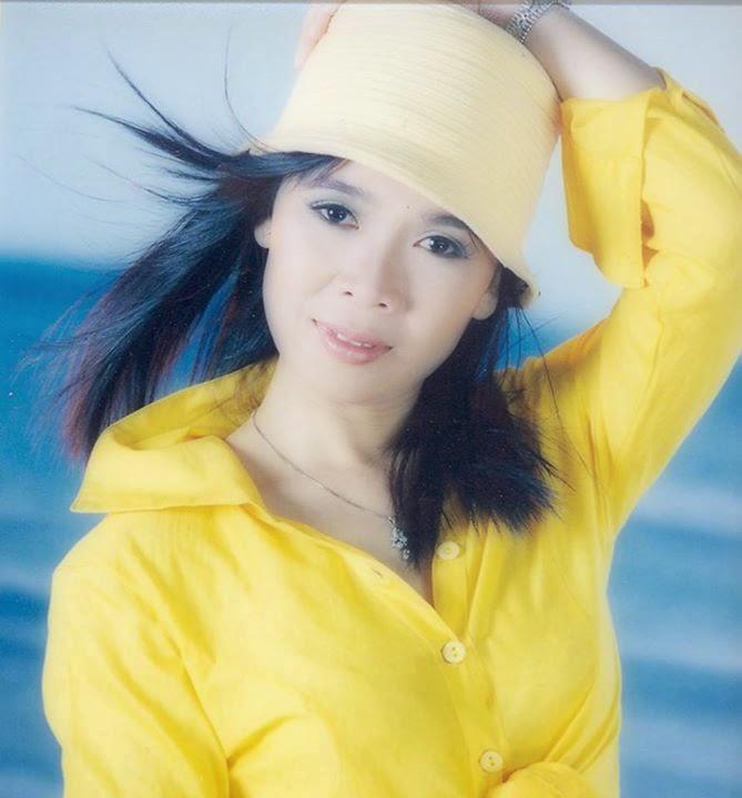 Về Mẹ Huỳnh Tiểu Hương