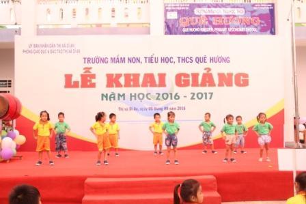 Lễ khai giảng năm học 2016-2017 tại trường mầm non-  Tiểu học- THCS Quê Hương