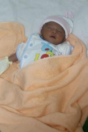 Em bé bị bỏ rơi đã được xuất viện - Huỳnh Tiểu Vũ