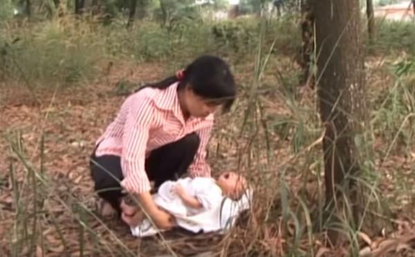 Cứu Trẻ Bị Bỏ Rơi - Huỳnh Tiểu Hương